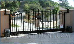 Diy slide gate overview photos for Building a sliding gate for a driveway